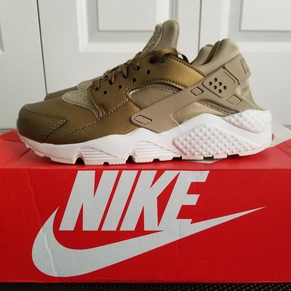 huge discount aac8d 6fc07 Womens Nike Air Huarache Run PRM TXT sneakers